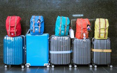 ¿Viajas con maletas y niños? Aquí la mejor comparativa para su equipaje